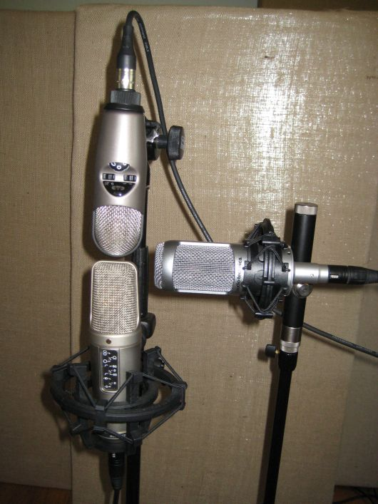 Three large diaphragm mics in an array for comparison