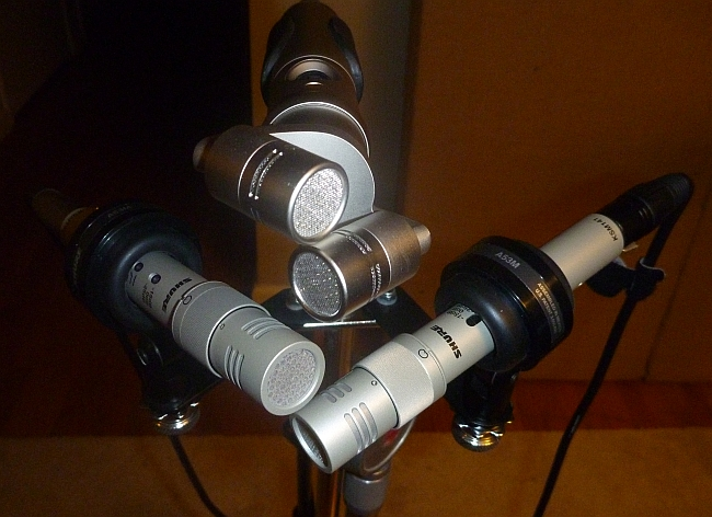 Rode NT4 stereo mic aligned with an XY pair of Shure KSM141